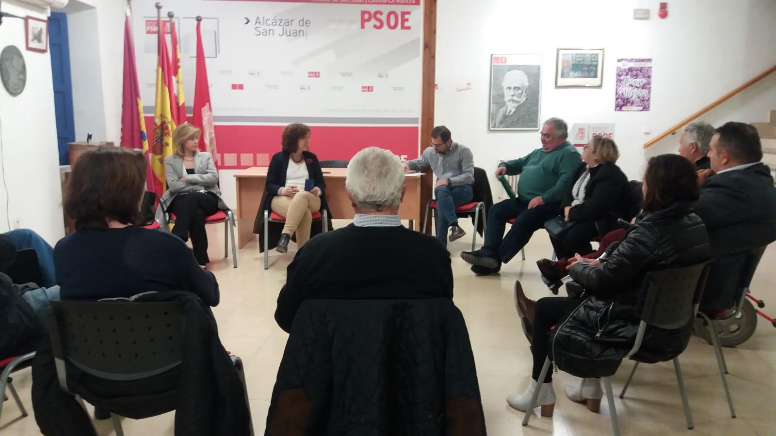 ROSA MELCHOR SE REUNE CON ASOCIACIONES SOCIOSANITARIAS