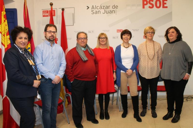 El PSOE de Alcázar de San Juan reconoce a las integrantes del Centro de la Mujer con motivo del Día Internacional de la Mujer